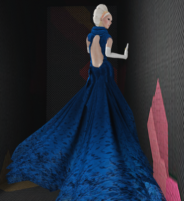 Gown - Regal L 600